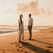 Kasia-i-Maciek-sesja-ślubna-nad-morzem