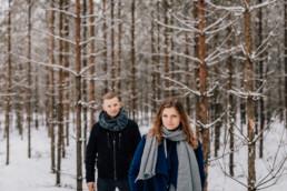 Zimowa sesja narzeczeńska na Mazurach 6