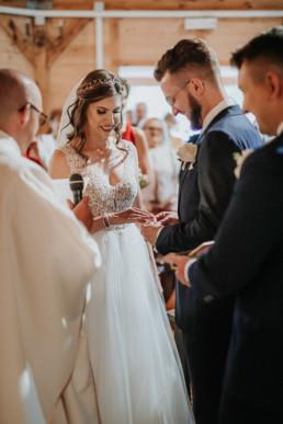 Slow wedding nad jeziorem Łańsk-82 36